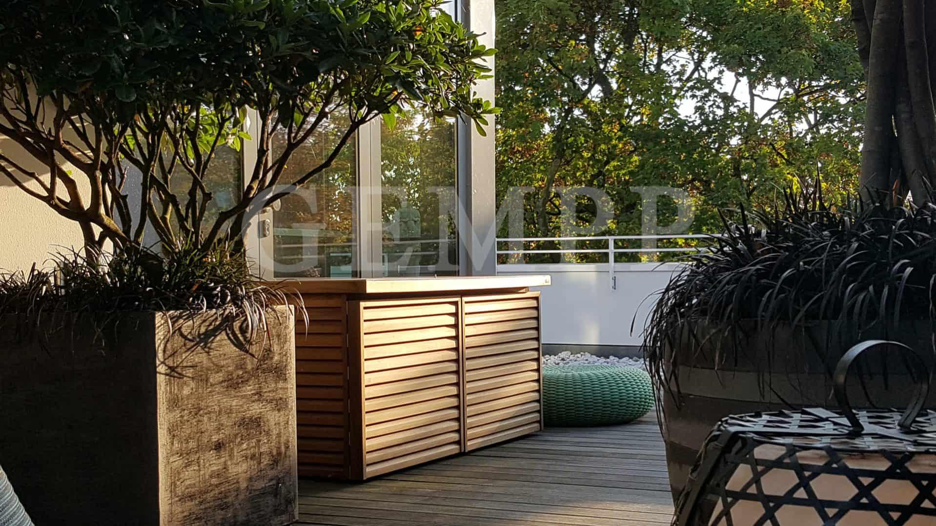 Moderne Gartenplanung einer Dachterrasse