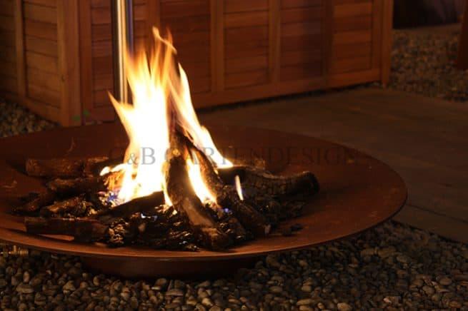Feuer im Garten