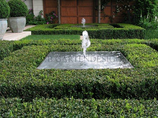 Fontäne Als Wasserspiel Formaler Garten