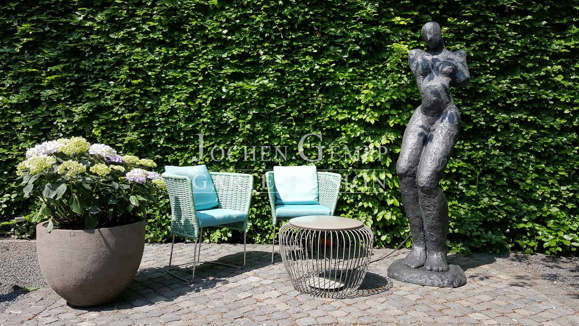 gartenskulpturen gartendeko gempp gartendesign. Black Bedroom Furniture Sets. Home Design Ideas