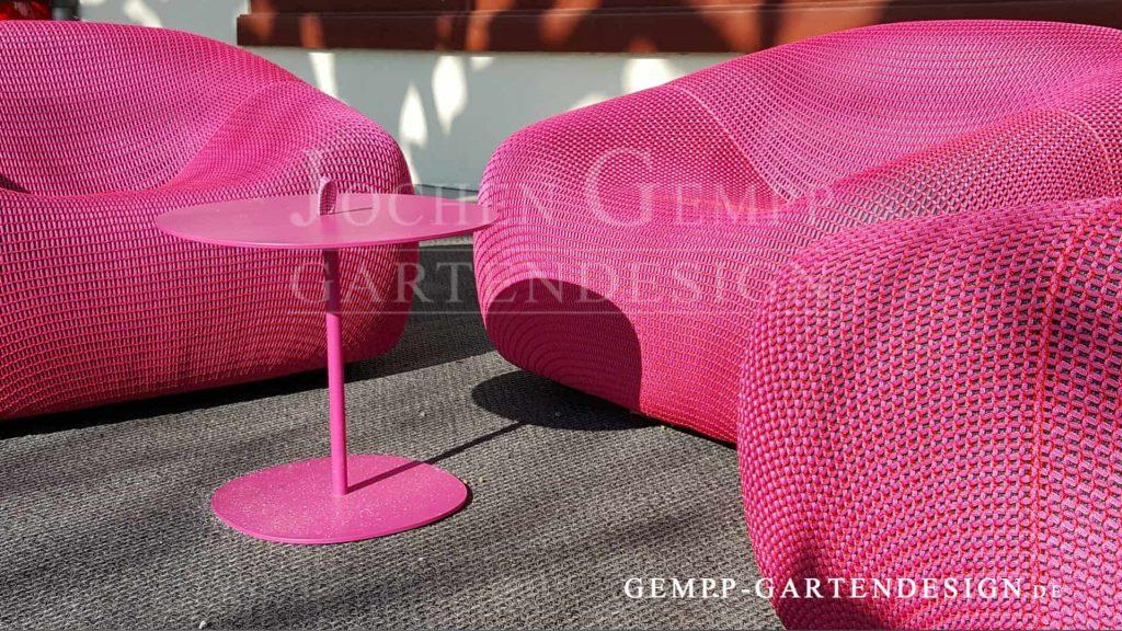 Design Gartenmöbel Farbe im Garten Farbakzente