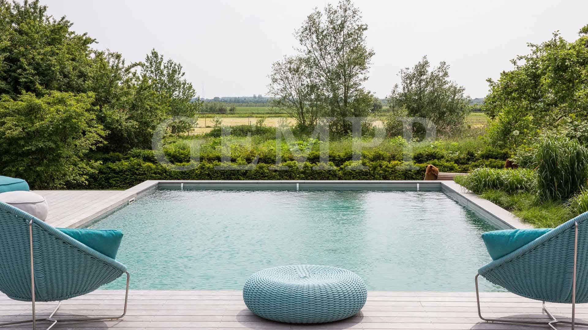 infinity pool livingpool