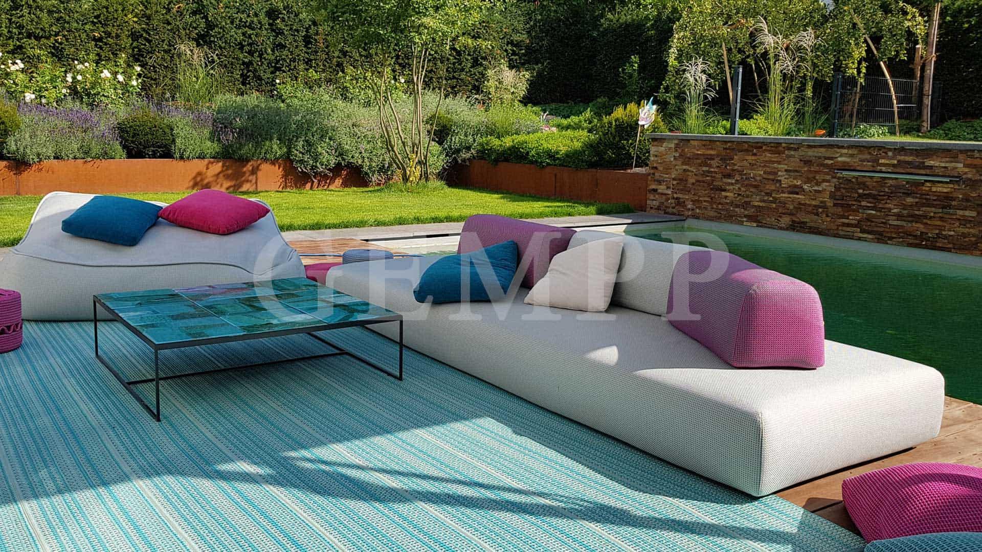 moderne gartengestaltung mit pool frankfurt am main. Black Bedroom Furniture Sets. Home Design Ideas