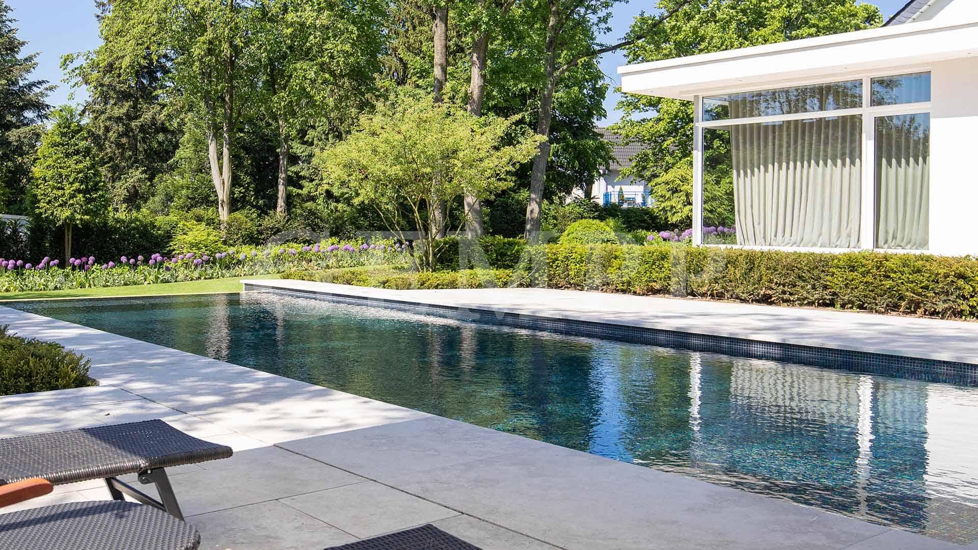 Gartenpool Pool im Garten
